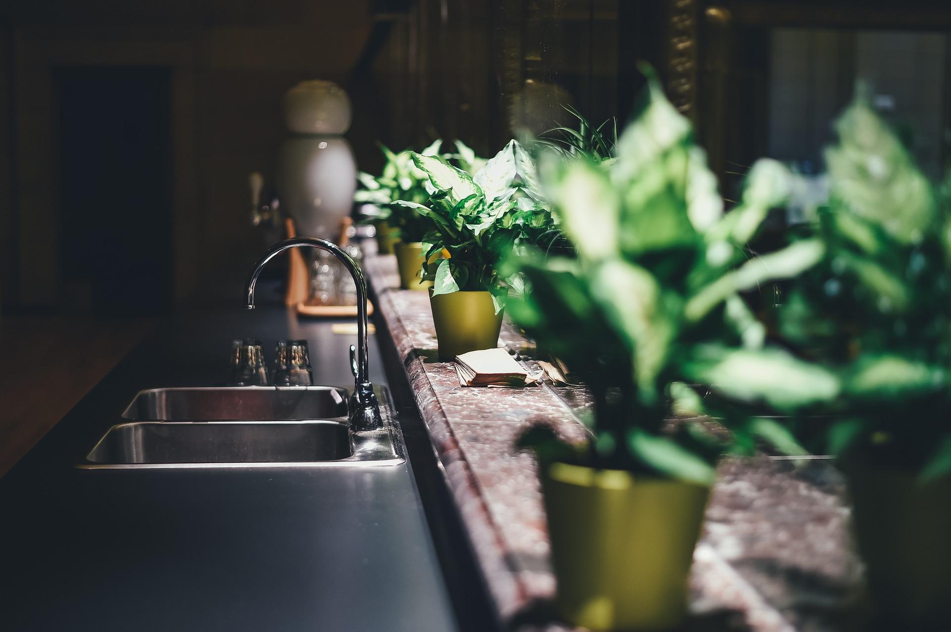 Wybór koloru kuchni – o czym pamiętać?